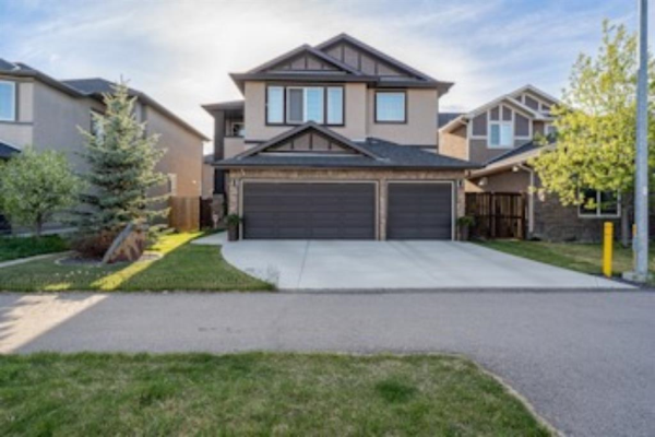 583 West Chestermere Drive, Chestermere