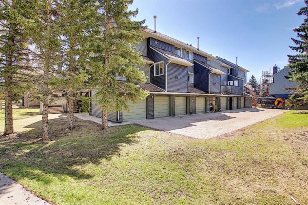 86 Glamis Green SW, Calgary