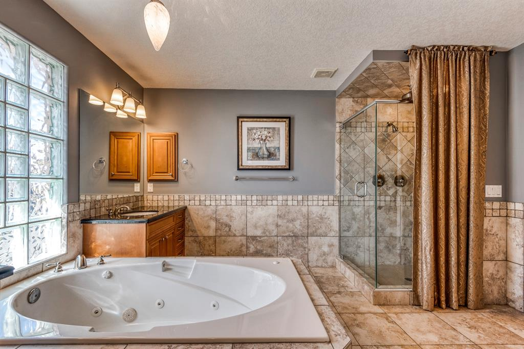 Listing A1102596 - Large Photo # 18