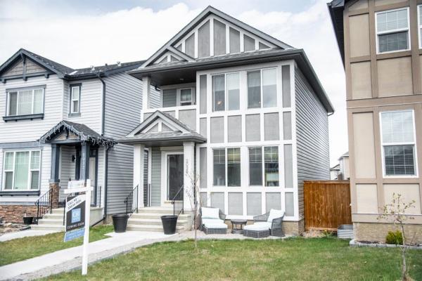 2036 New Brighton Grove SE, Calgary
