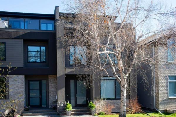 2030 46 Avenue SW, Calgary