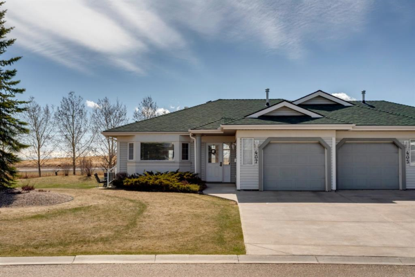 407 Hope Bay, Rural Rocky View County