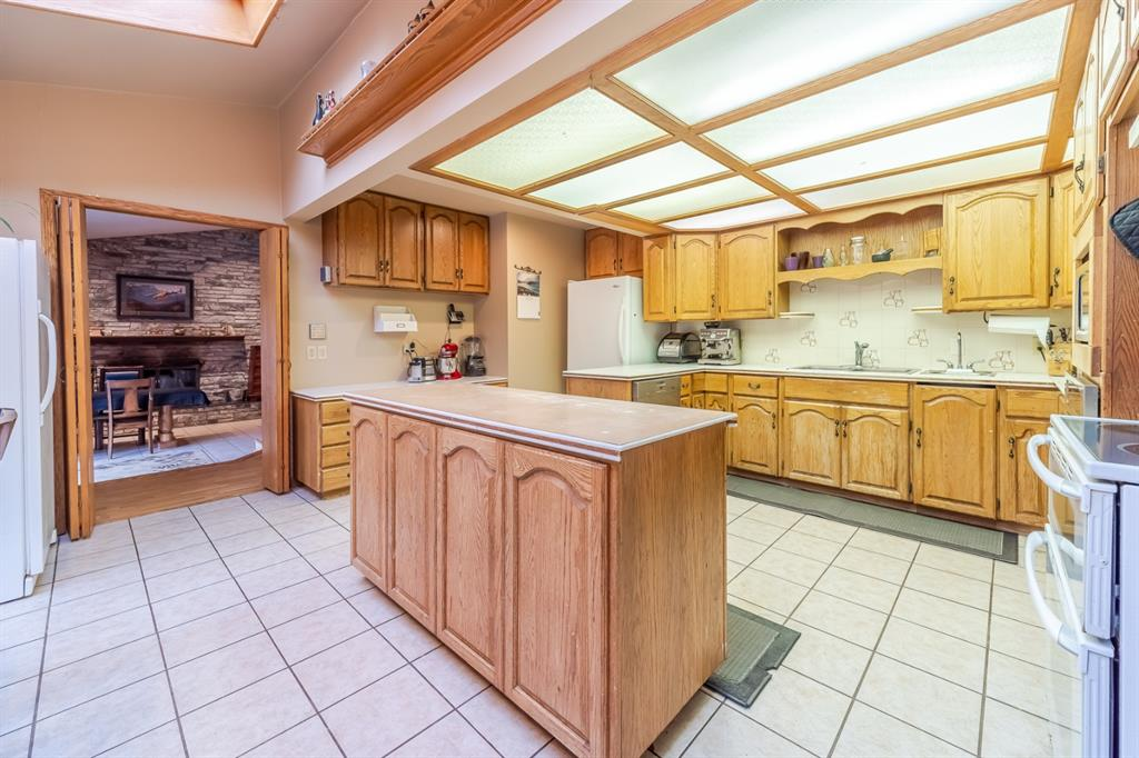Listing A1103413 - Large Photo # 39