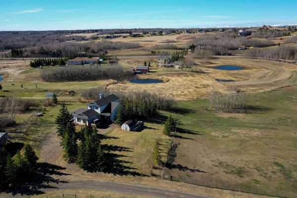 30092 Bunny Hollow Drive, Rural Rocky View County