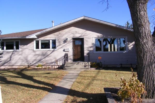 228 Windermere Road SW, Calgary