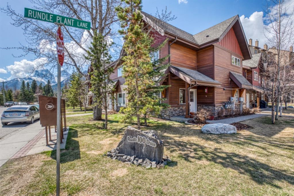 100 Rundle Drive, Canmore