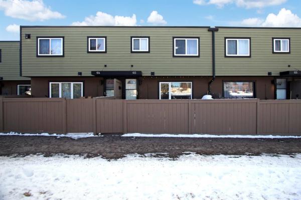3809 45 Street SW, Calgary