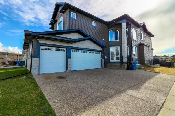 5 Saddlelake Alley NE, Calgary