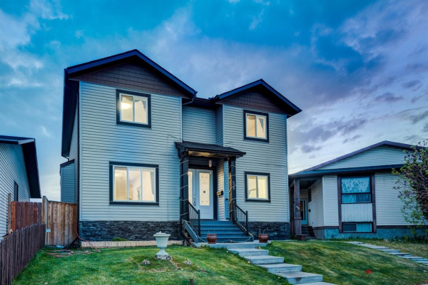 52 Castlebrook Place NE, Calgary