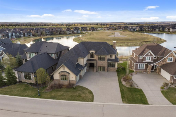 10  Waters Edge Drive, Rural Foothills County