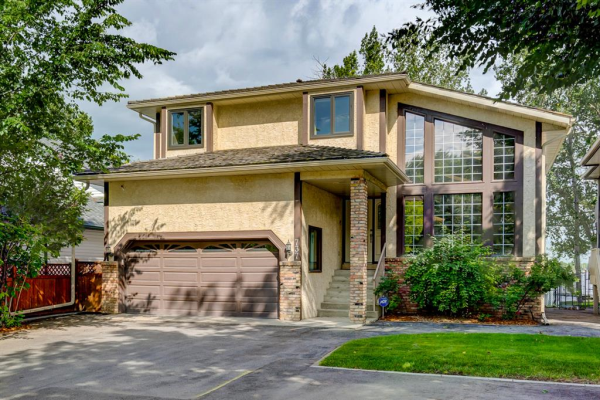 737 EAST CHESTERMERE Drive, Chestermere