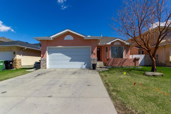 18 Coral Sands Place NE, Calgary