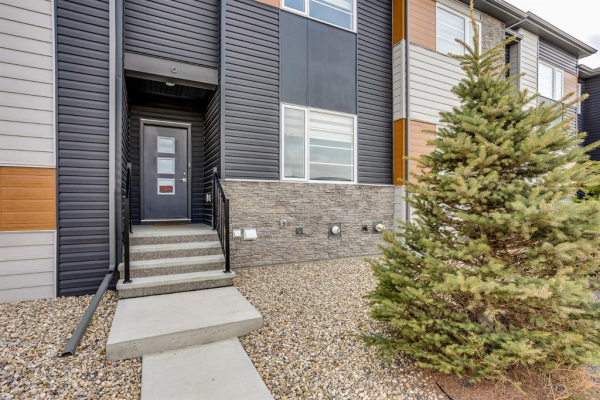 6 Midtown Boulevard SW, Airdrie
