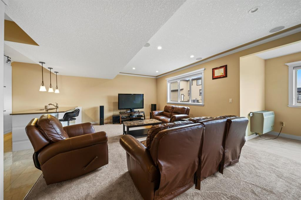 Listing A1111238 - Large Photo # 40