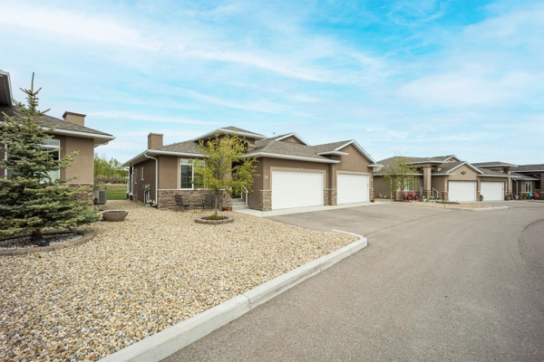 37 River Heights View, Cochrane