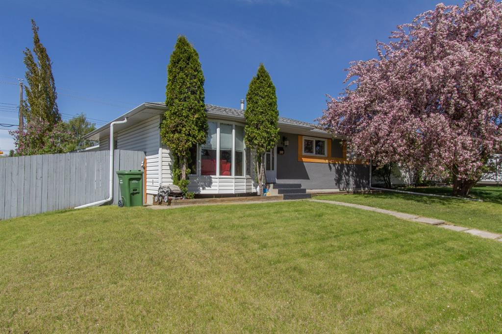 Listing A1113931 - Large Photo # 2