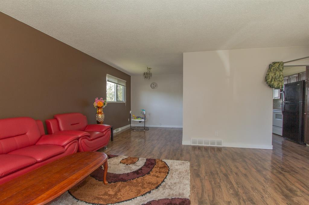 Listing A1113931 - Large Photo # 14