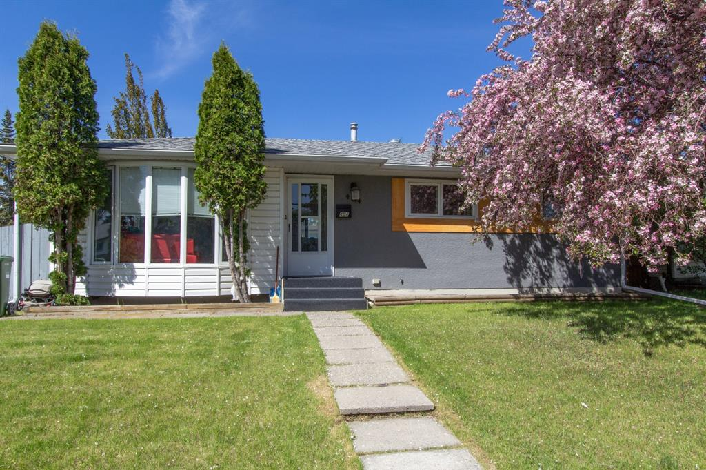 Listing A1113931 - Large Photo # 1
