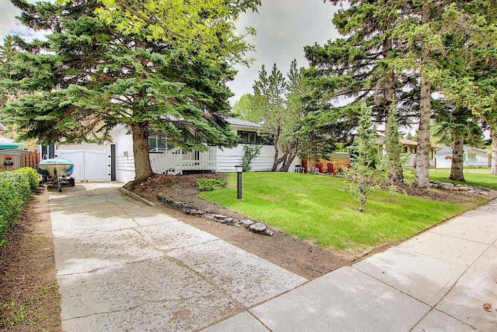 Listing A1114457 - Large Photo # 1