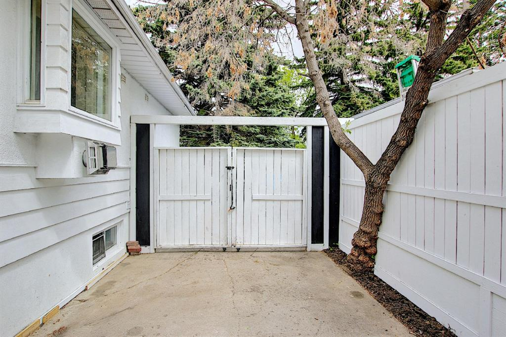 Listing A1114457 - Large Photo # 38