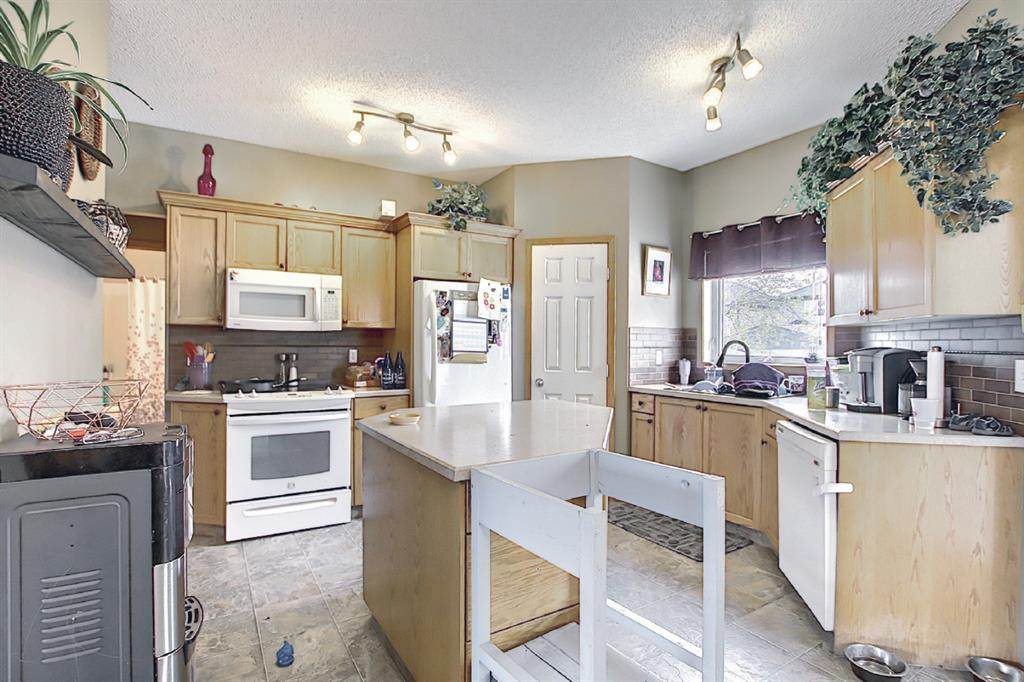 Listing A1115403 - Large Photo # 11