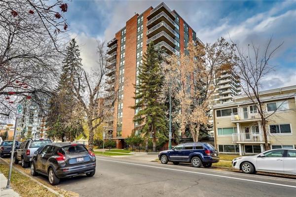 540 14 Avenue SW, Calgary