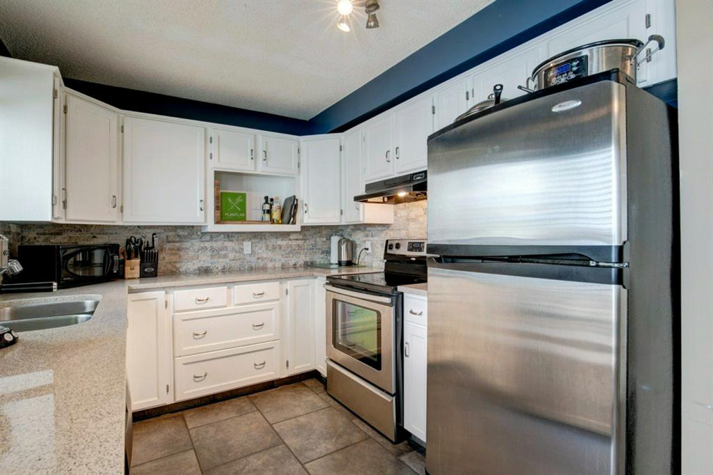 Listing A1115663 - Large Photo # 17