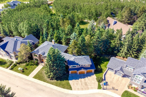 12 Spring Willow Place SW, Calgary