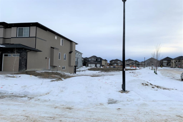 255 Kinniburgh Place, Chestermere