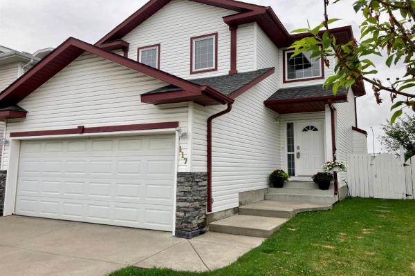 117 Douglas Ridge Circle SE, Calgary
