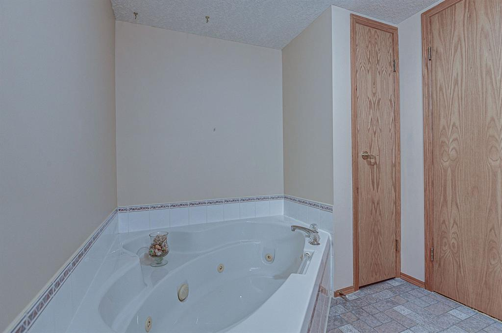 Listing A1117305 - Large Photo # 28