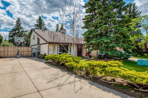 468 Big Springs Drive SE, Airdrie