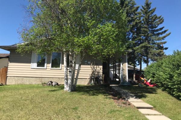 152 Silver Springs Drive NW, Calgary