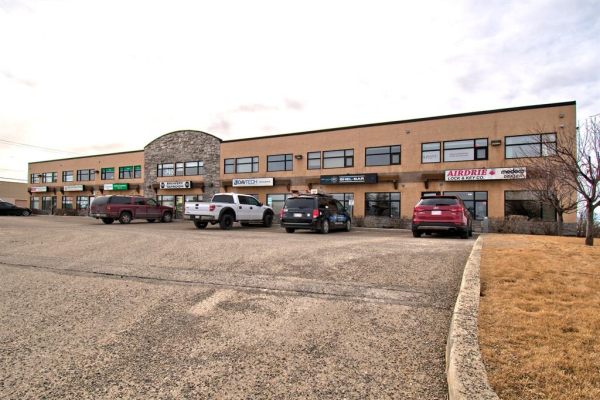 541 Kingsview Way SE, Airdrie