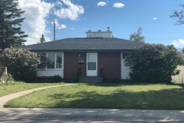 5039 WAVERLEY Drive SW, Calgary