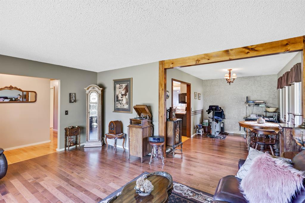 Listing A1121094 - Large Photo # 10