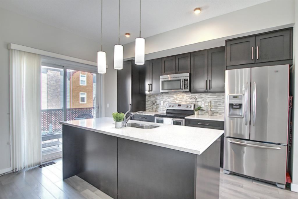 2802 Kings Heights Gate SE, Airdrie