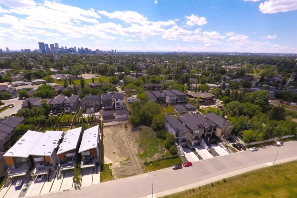 501 31 Avenue NE, Calgary