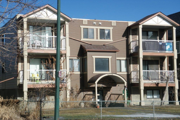 6116 BOWNESS Road NW, Calgary