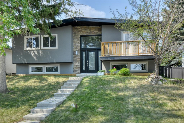 12019 Canaveral Road SW, Calgary