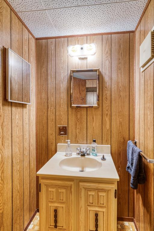 Listing A1127064 - Large Photo # 28