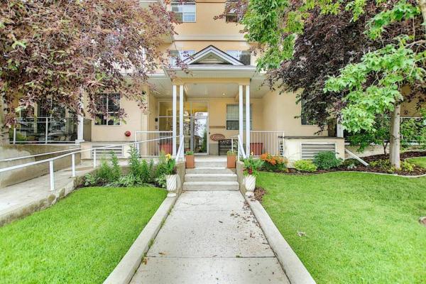 1919 31 Street SW, Calgary