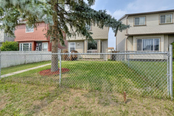 6068 Martingrove Road NE, Calgary