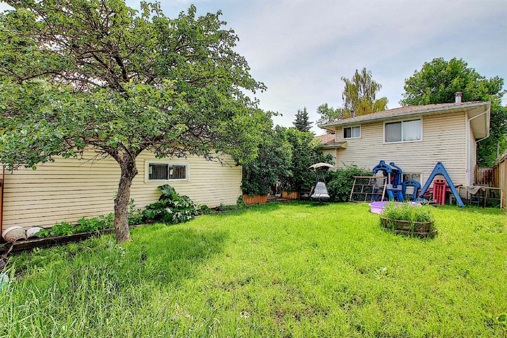 Listing A1128949 - Large Photo # 7