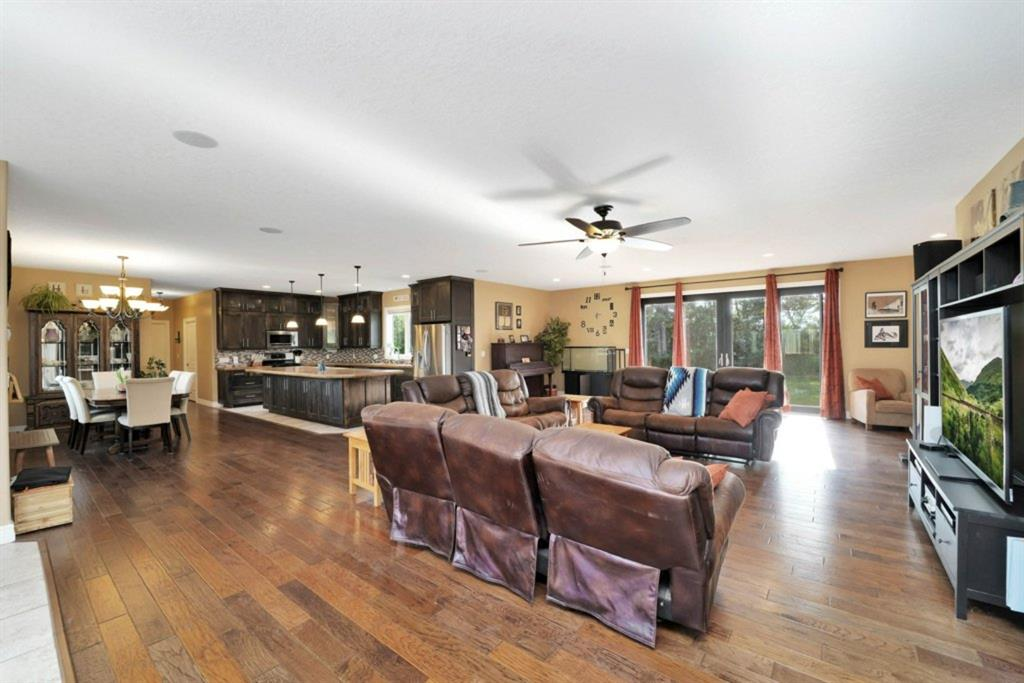 Listing A1129910 - Large Photo # 14