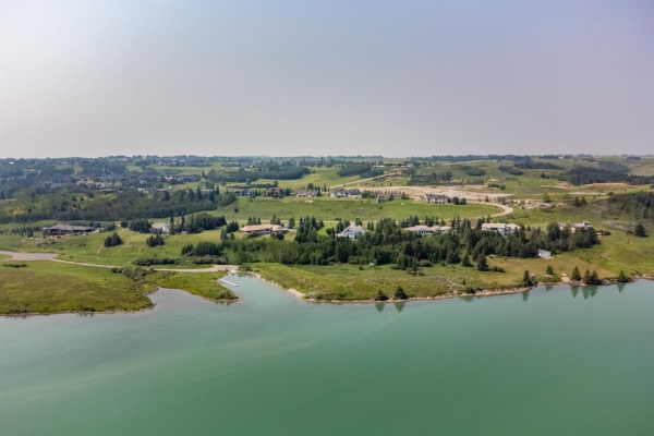 229 Emerald Bay Drive, Rural Rocky View County