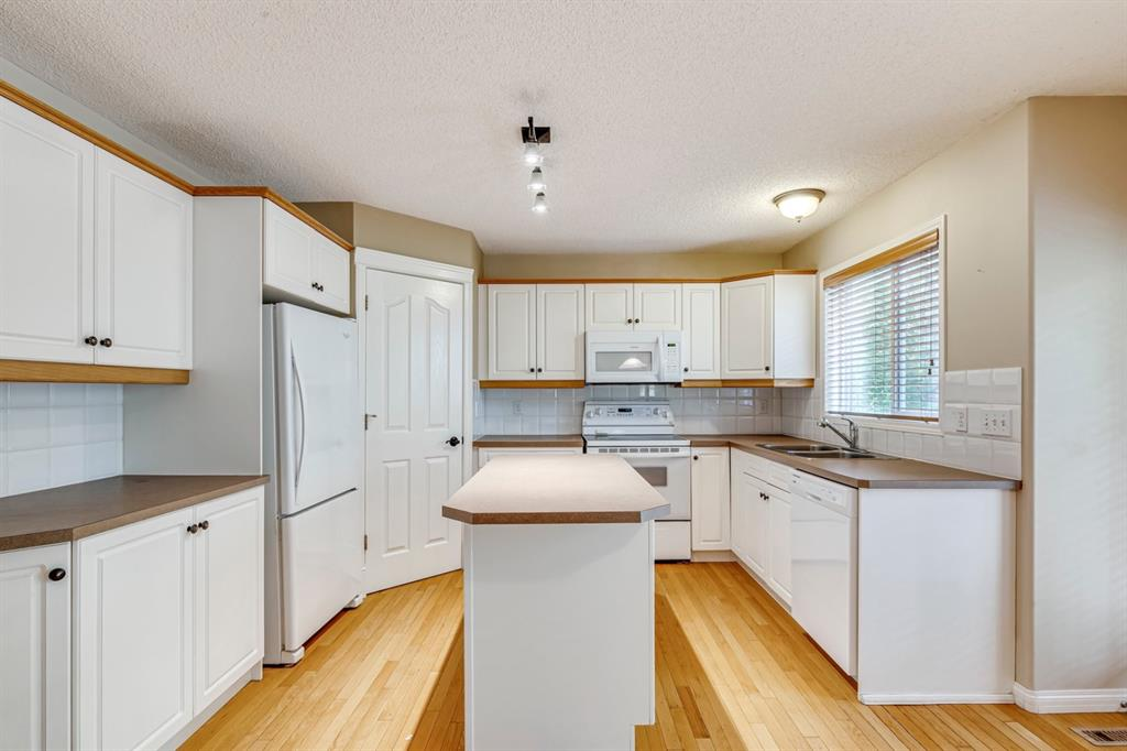 Listing A1130724 - Large Photo # 17