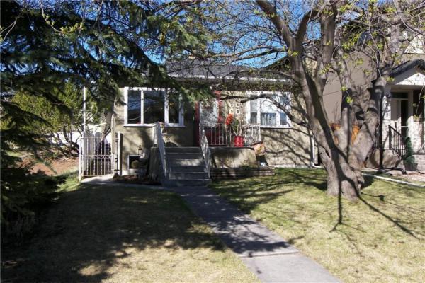 2419 25A Street SW, Calgary