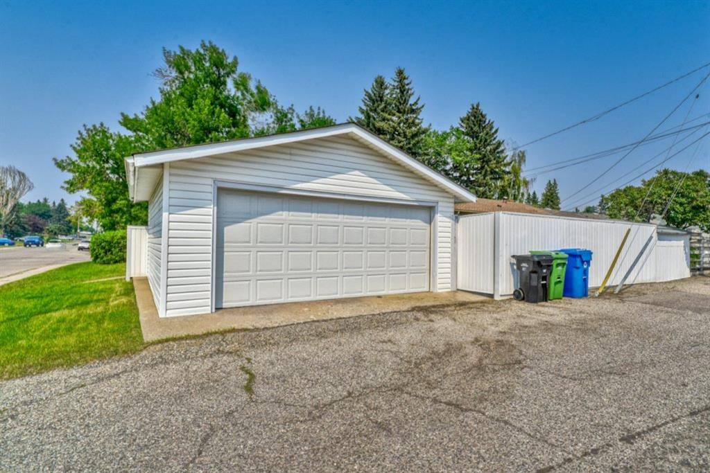 Listing A1131581 - Large Photo # 35