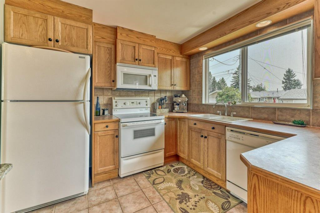 Listing A1131581 - Large Photo # 10